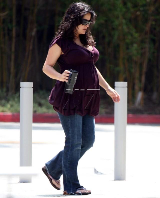 foto salma hayek embarazada