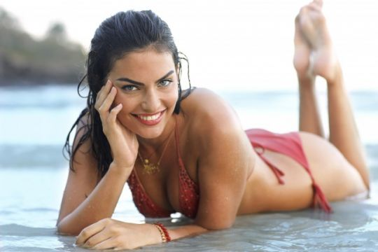 TNT transmite Sports Illustrated Swimsuit 2011