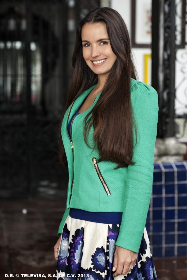 Alejandra Barros es Juliana