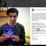 Mena Massoud celebra el 25 aniversario de Aladdin