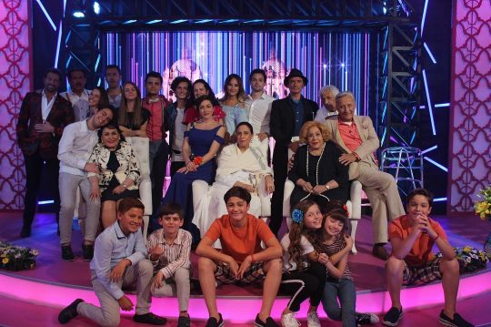 Producciones de Televisa dominan prime time dominical