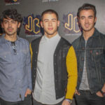 Jonas Brothers enloquece al público juvenil en el Festival Acapulco